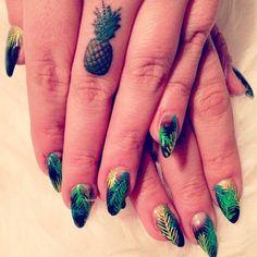 teeny pineapple