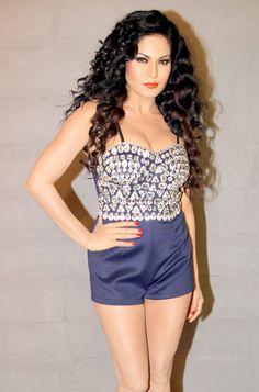 Veena Malik #Bollywood #Fashion #Style #Beauty
