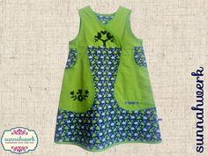 Aus hochwertiger Baumwolle nach dem Design von Hamburger Liebe wurde dieses alltagstaugliche Kleidchen in Gr. 122/128 gefertigt, welches auch noch in der nächsten Kleidergröße als Tunika...