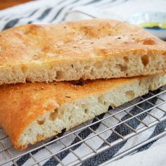 Lemon thyme focaccia - Caroline's Cooking Empanadas Argentinas Recipe, Cooking Ingredients, Instant Yeast, Bread Rolls, Bread Recipes, Food Print, Brunch, Lemon, Snacks