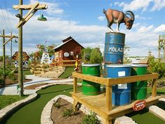 America's wackiest mini-golf courses (Courtesy Ripley's Old MacDonald's Farm Mini-Golf)