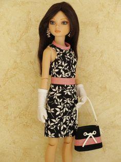 Ellowyne Tonner Doll