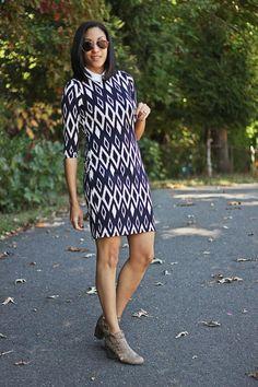 Fabulously Average, Like a Diamond  Wearing @karen_kane Diamond print dress