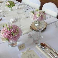 Přírodní svatba - Pavilon Grébovka - svatebnívýzdoba.cz Champagne, Table Decorations, Home Decor, Bottles, Pictures, Decoration Home, Room Decor, Home Interior Design, Dinner Table Decorations