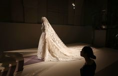 Italian Haute Couture Wedding Dress | The wedding dress of Princess Marie-Chantal of Greece from 1995 is ...