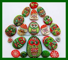 Artist: Sassi Dell'Adriatico ~ Really unique Christmas decorations that taps into my doodling & Zentangle art bug!