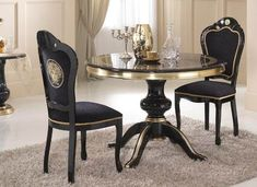 Versace Dining Table / Only Me 💋💚💟💖✌✔👌💙💚 xoxo High Dining Table, Extendable Dining Table, Dining Table Chairs, Italian Furniture, Classic Furniture, Sofa Design, Versace Home, Gold Rooms, Classic Living Room