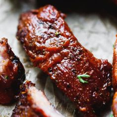 Smoked Ribs Recipe – the best smoked ribs that you can make at home. A guide how to prepare and smoke tender pork ribs on an electric pellet grill. Smothered in homemade sugar-free bbq sauce and served with your favorite salad or side. Ribs In Oven, Ribs On Grill, Bbq Ribs, Pork Ribs, Healthy Grilling Recipes, Smoker Recipes, Rib Recipes, Cooking Recipes, Dinner Recipes
