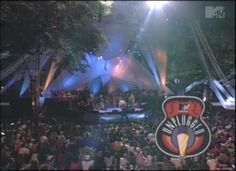 Throwback Thursday: Do you remember this 1996 episode of MTV Unplugged on the Horseshoe?   Country music artist Darius Rucker will speak to graduates at the University of South Carolina's commencement May 11. Rucker, a USC alumnus who met his Hootie and the Blowfish bandmates while he was a Carolina student. We spoke with him about commencement and his time at USC, including memories of this MTV performance on campus.   Read the full Q and A:  http://www.sc.edu/news/newsarticle.php?nid=6199