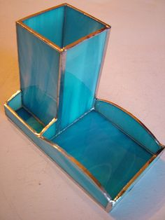 Desk Set Tiffany-style Turquoise model created entirely by hand and polished. Opalescent glass Spectrum used guarantee maximum quality and brightness. Welds in aluminum color glossy blued. All materials used are of the highest quality and completely hypo-allergenic! Dimensions: