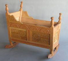 Repro 17th century cradle
