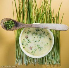 <p>Wielkanocny czas odnowy. Lekka zupa chrzanowa, dzięki nowalijkom, ma radosny i finezyjny smak.</p>