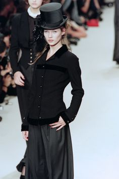 Chanel fw 94. Black is perfection