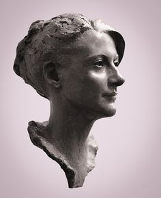 One of the finest portrait sculptors in the world, Mark Richards creates work of beauty and character; he captures spirit, bearing and likeness within perfectly designed compositions. Portrait Sculpture, Sculpture Head, Human Sculpture, Art Visage, Traditional Sculptures, Female Portrait, Oeuvre D'art, Les Oeuvres, Sculpting