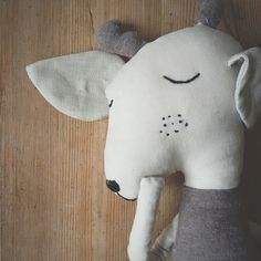 Instagram media just_acorn - I always thought that linen fabric is very scratchy, not suitable for softies at all. Then I've touched linen for the first time and I fell in love immediately. Now this Deer is almost ready:) #etsy #etsyshop #deer #woodland #linen #animaltoys #kidsroom #kidsinterior #softies  #etsyaddict #etsyseller #etsystore #etsystyle #etsyhunter #nurserydecor