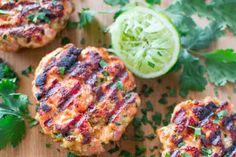 Zalmburgers met een heerlijke spinazie salade | Freshhh