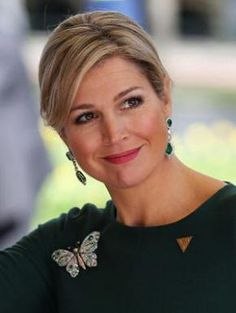 Rainha Maxima da Holanda Queen Maxima of The Netherlands Queen Of Netherlands, Royal Dutch, Dutch Queen, Royal Beauty, Estilo Real, Casa Real, Estilo Fashion, Queen Maxima, Royal House
