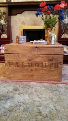 Vintage wooden chest, coffee table, blanket box, shabby chic, trunk, storage box.