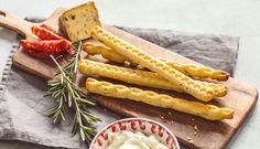 Domáce tyčinky svôňou Talianska – tie musíte ochutnať Christmas Treats, Chicken Wings, Carrots, Bakery, Meat, Vegetables, Food, Essen, Christmas Snacks