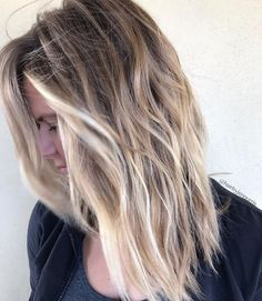 Beautiful beachy blonde piecey balayage by Aveda artist Jen Norris.