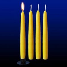 4 bougies chandelles lisses moulées en cire d'abeille