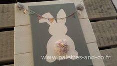 Cadre déco chambre enfant palettes : lapin blanc