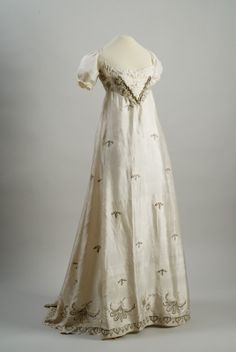 Embroidered and sequined white silk dress, Hungarian, ca. 1810.