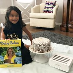 "Kim ""Daisy"" Nelson (@ilovedaisycakes) • Instagram photos and videos Daisy Cakes, What's Cooking, What To Cook, Happy Monday, Deserts, Photo And Video, Videos, Photos, Instagram"