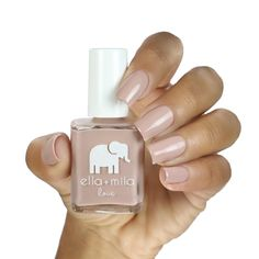 """""""Sing it with me... Poooour sooooome bubbly on meeee!"""" Love Collection Nail polish bottle 13.3 ml - 0.45 fl oz 