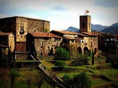 Santa Pau, Comarca de la Garrocha (Girona)
