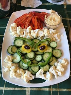 Grinch veggie tray with homemade hummus!