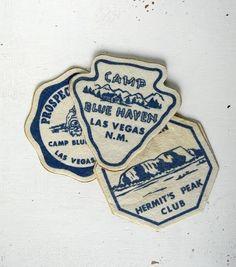 Merit Badge Inspiration / 3 vintage camp patches by noodleandlouvintage on Etsy swag idea Badge Design, Logo Design, Web Design, Graphic Design, Vintage Images, Vintage Designs, Mandala T Shirt, Kitsch, Camp Logo