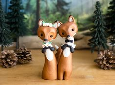 So about what I said...: Wedding Do or Don't: Animal Cake Toppers