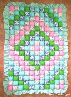 My latest biscuit quilt / bubble quilt / puff quilt