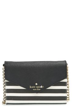 Love the gold chain strap on this cute Kate Spade bag.
