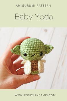 Pattern baby alien amigurumi crocheted little green guy toy tutorial pdf crochet pattern star wars yoda crochet patterns Kawaii Crochet, Cute Crochet, Crochet Crafts, Crochet Projects, Knit Crochet, Crochet Disney, Knit Cowl, Crochet Granny, Hand Crochet