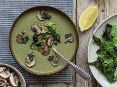 Wirsingsuppe-mit-Kokosmilch-und-Pilzen