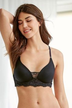 The tshirt bra doesn't have to be boring! Say hello to your new plunge, with gorgeous lace detail!