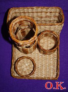 Плетение из газет, офисный органайзер: для ручек, для линеек, для скрепок и других мелочей и газетница.