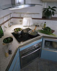 угловая кухня духовой шкаф в углу: 12 тыс изображений найдено в Яндекс.Картинках