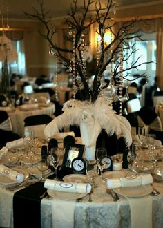Gatsby Themed Party, Great Gatsby Party, Gatsby Wedding, Wedding Table, Wedding Ideas, New Years Wedding, New Years Eve Weddings, New Years Eve Party, Masquerade Party Decorations