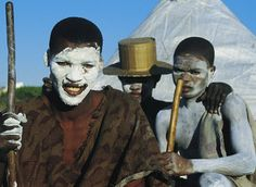 Pictures of South Africas People: Xhosa Boys at Initiation Ceremony South African Tribes, Africa Tribes, Xhosa, The Rite, Beauty Around The World, Hero's Journey, Rite Of Passage, Folk Dance, Beaches In The World