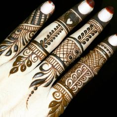 Hello ladies, I am asking about mehndi designs. the mehndi designs are all over the girls like. first I tell you the mehndi designs for fingers. The mehndi designs are more certainly one of the beautiful things for increasing the beauty for your fingers. Henna Tattoo Designs Arm, Mehndi Design Pictures, Modern Mehndi Designs, Mehndi Designs For Girls, Wedding Mehndi Designs, Mehndi Designs For Fingers, Beautiful Mehndi Design, Dulhan Mehndi Designs, Simple Mehndi Designs