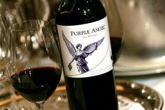 2010 Purple Angel by Montes  Es un blend de 92% #Carménère y 8% #PetitVerdot, con 18 meses en barricas nuevas de roble francés. ** 93 puntos Wine Spectator ***  #vinos #chile #montes #vino