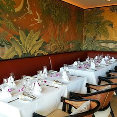 Fresh orchids add a pretty color pop to this intimate reception dinner at #Waiolu.   #WeddingWednesday #TrumpWaikiki #Waikiki #Hawaii #Luxury #Wedding #Reception #Bride #Dinner #Events   Trump International Hotel Waikiki Beach Walk - Google+
