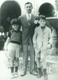 Meyer Lansky with his sons Paul and Buddy.