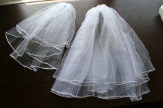 New ideas bridal veil diy cases Veil Diy, Diy Wedding Veil, Wedding Attire, Our Wedding, Dream Wedding, Wedding Stuff, Wedding Bouquet, Wedding List, Purple Wedding