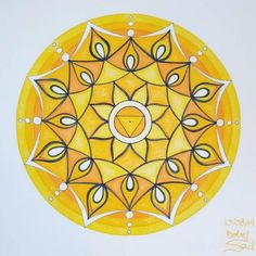 Mandala Drawing, Mandala Art, New Zealand Art, Bright Art, Solar Plexus Chakra, Yellow Art, Dutch Artists, Mandala Coloring, Plexus Products