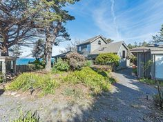 The ultimate oceanfront escape with panoramic cliff side views! This stunning private luxury home has two master suites with a King bed in one and a Queen bed in the other. Upstairs you will find an outside catwalk ...