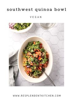 This Southwest Quinoa Bowl is healthy, delicious, and easy to make! This high protein vegan salad is great for lunch or dinner, and meal prep. The avocado kale salad makes a great base for toppings and is ready in thirty minutes. Vegan Breakfast Recipes, Vegan Snacks, Vegan Dinners, Vegetarian Recipes, Dinner Recipes, Southwest Quinoa Salad, Quinoa Gluten Free, Easy Vegan Dinner, Quinoa Bowl